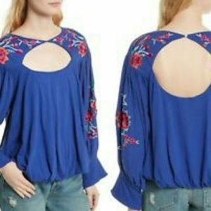 Free people blue lita top small embroidered sleeve